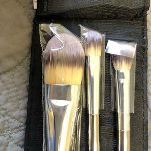 IT Cosmetics Makeup Brushes (6 piece set)